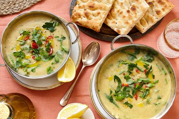 Een foto van heerlijke soep die verwijst naar onze andere recepten