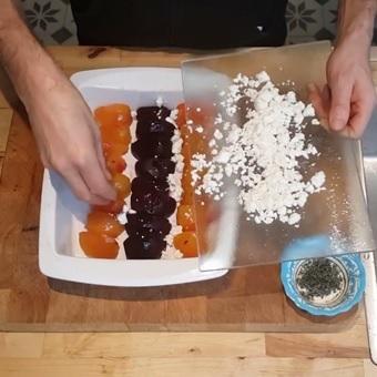 Uitgelichte foto voor het bericht Filmpje: Geroosterde bietjes met tijm en feta