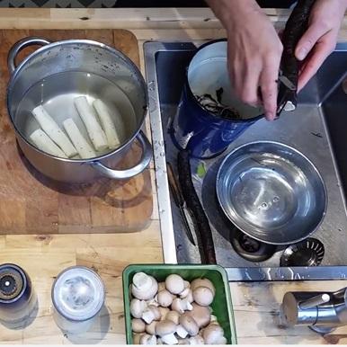 Uitgelichte foto voor het bericht Filmpje: schorseneren met pesto