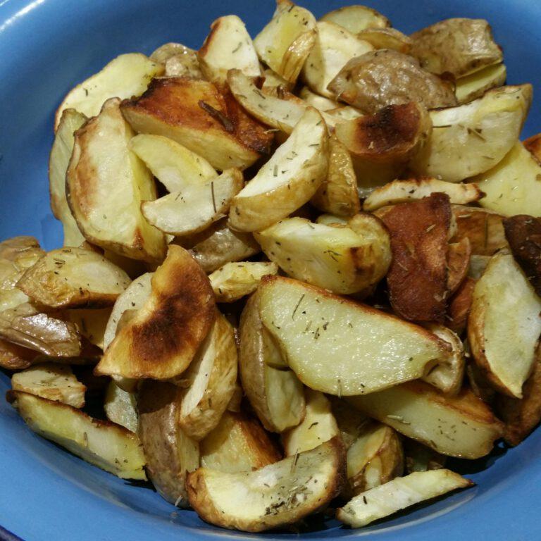 Thumbnail voor het recept: Pastinaak met aardappels uit de oven