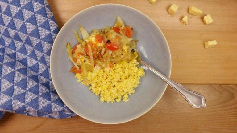Thumbnail voor het recept: Witlof met tomaat en cheddar