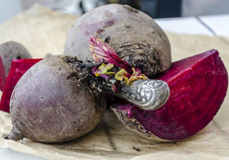 Thumbnail voor het recept: Bietjes planten met een beitel