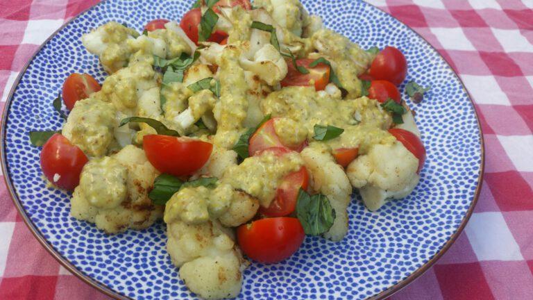 Thumbnail voor het recept: Gegrilde bloemkool met kappersaus