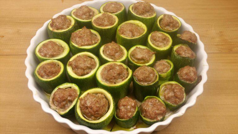 Thumbnail voor het recept: Gevulde courgettes