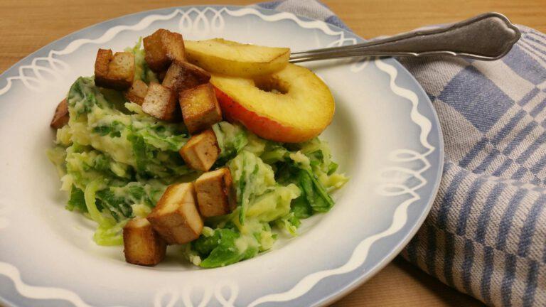 Thumbnail voor het recept: Raapstelenstamppot met gebakken appel