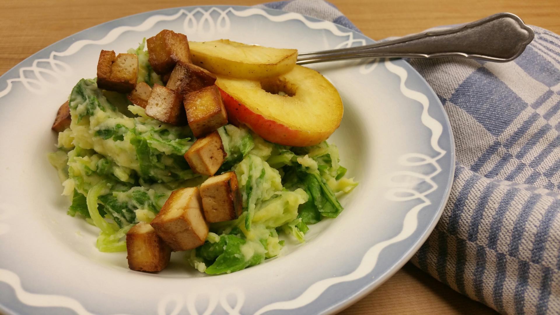 Uitgelichte foto voor het bericht Raapstelenstamppot met gebakken appel