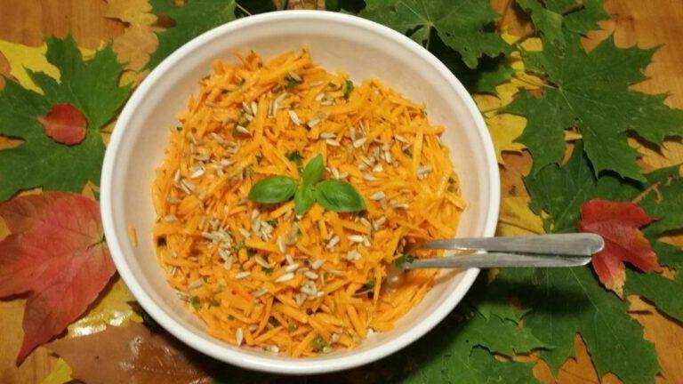 Thumbnail voor het recept: Wortelsalade met pitjes