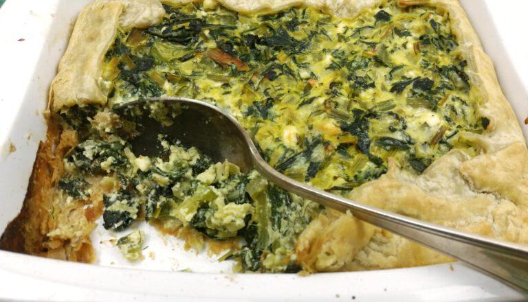 Thumbnail voor het recept: Kruidige snijbiet taart
