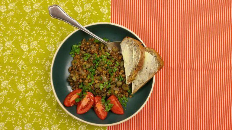Thumbnail voor het recept: Bleekselderij met linzen
