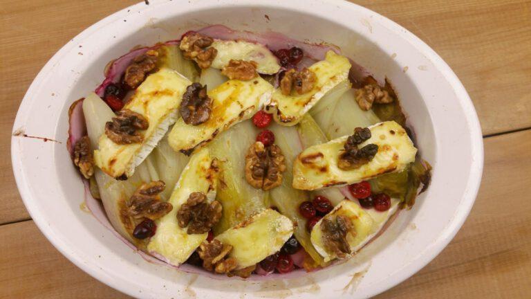 Thumbnail voor het recept: Witlof uit de oven met brie en cranberry