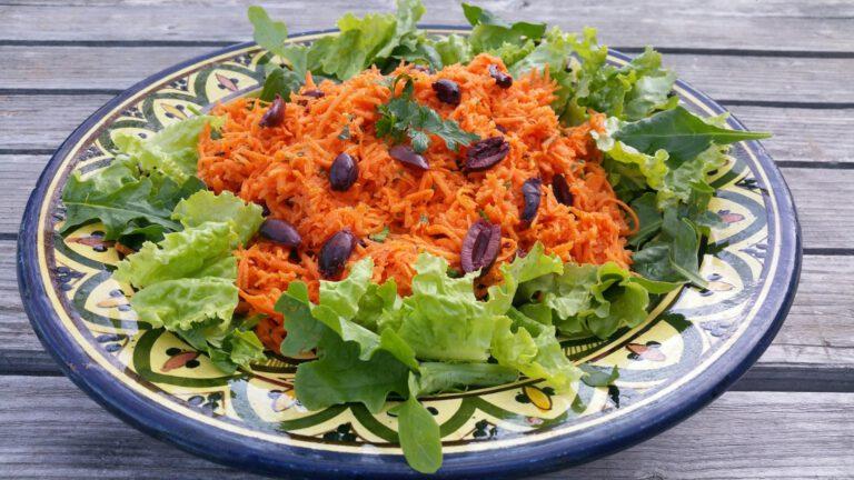 Thumbnail voor het recept: Snelle wortelsalade met olijven