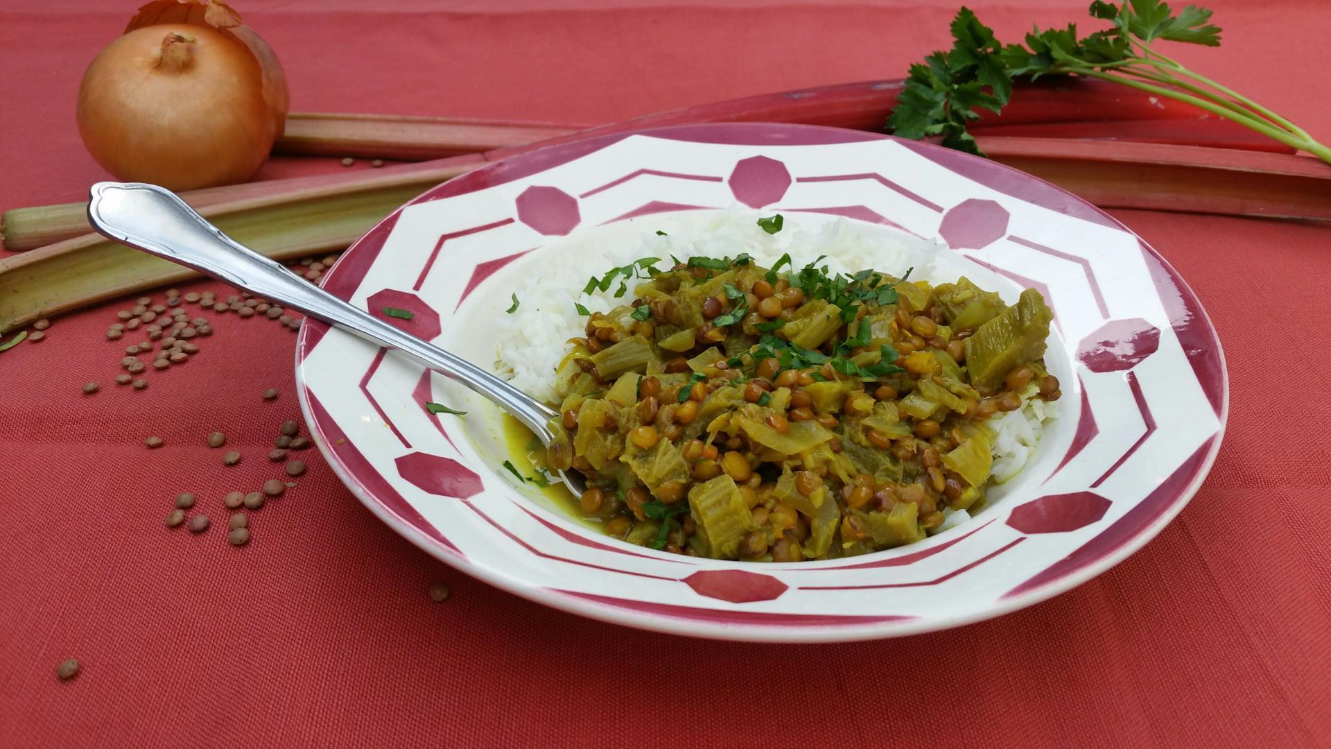 Uitgelichte foto voor het bericht Rabarber-linzen curry