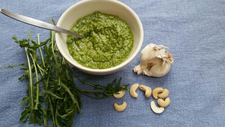 Thumbnail voor het recept: Vegan- rucola pesto