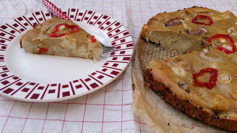 Thumbnail voor het recept: Bloemkooltaart met ricotta en rode paprika