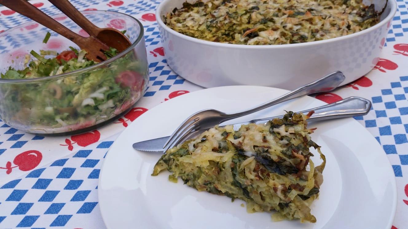 Uitgelichte foto voor het bericht Aardappel-andijvietaart met gehakt en kaas