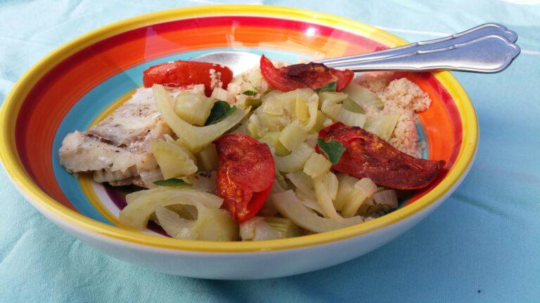 Thumbnail voor het recept: Venkel met tomaat, couscous en witte vis