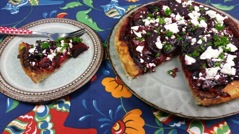 Thumbnail voor het recept: Bieten tarte-tatin met uien