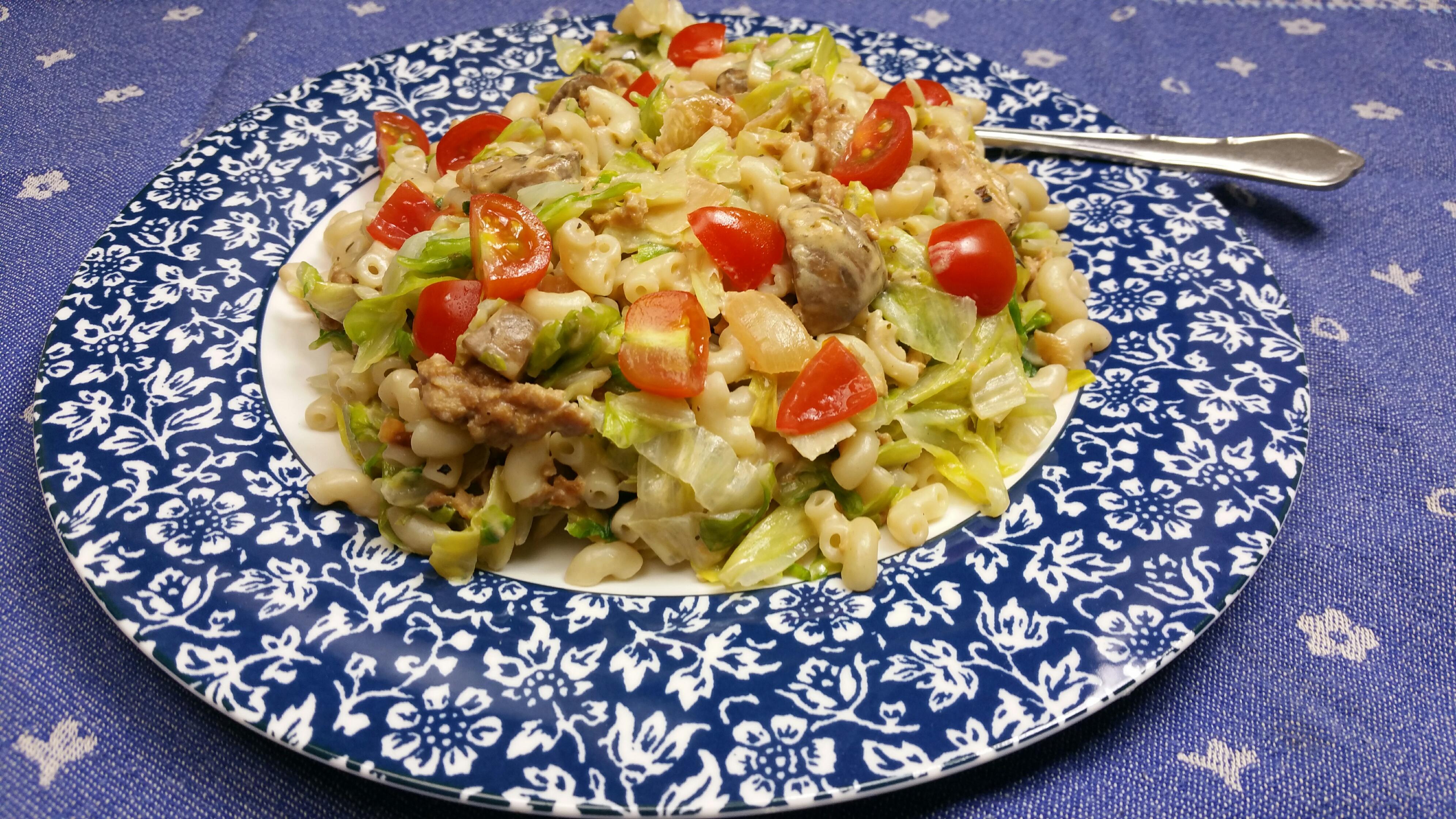 Uitgelichte foto voor het bericht Groenlof met pasta, roomkaas en gehakt