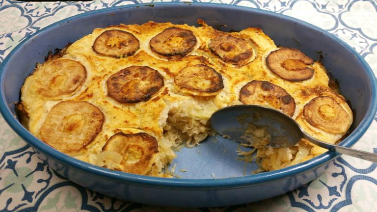 Thumbnail voor het recept: Zuurkoolschotel met appel en witte bonen