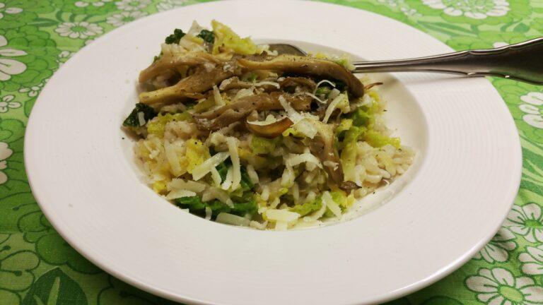 Thumbnail voor het recept: Risotto met groene kool en paddenstoelen