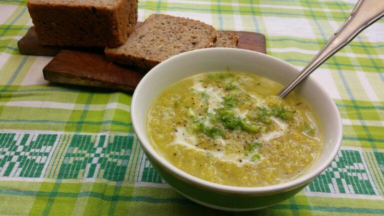 Thumbnail voor het recept: Venkel-prei-soep