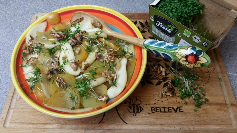 Thumbnail voor het recept: Gele biet met peer en tuinkers