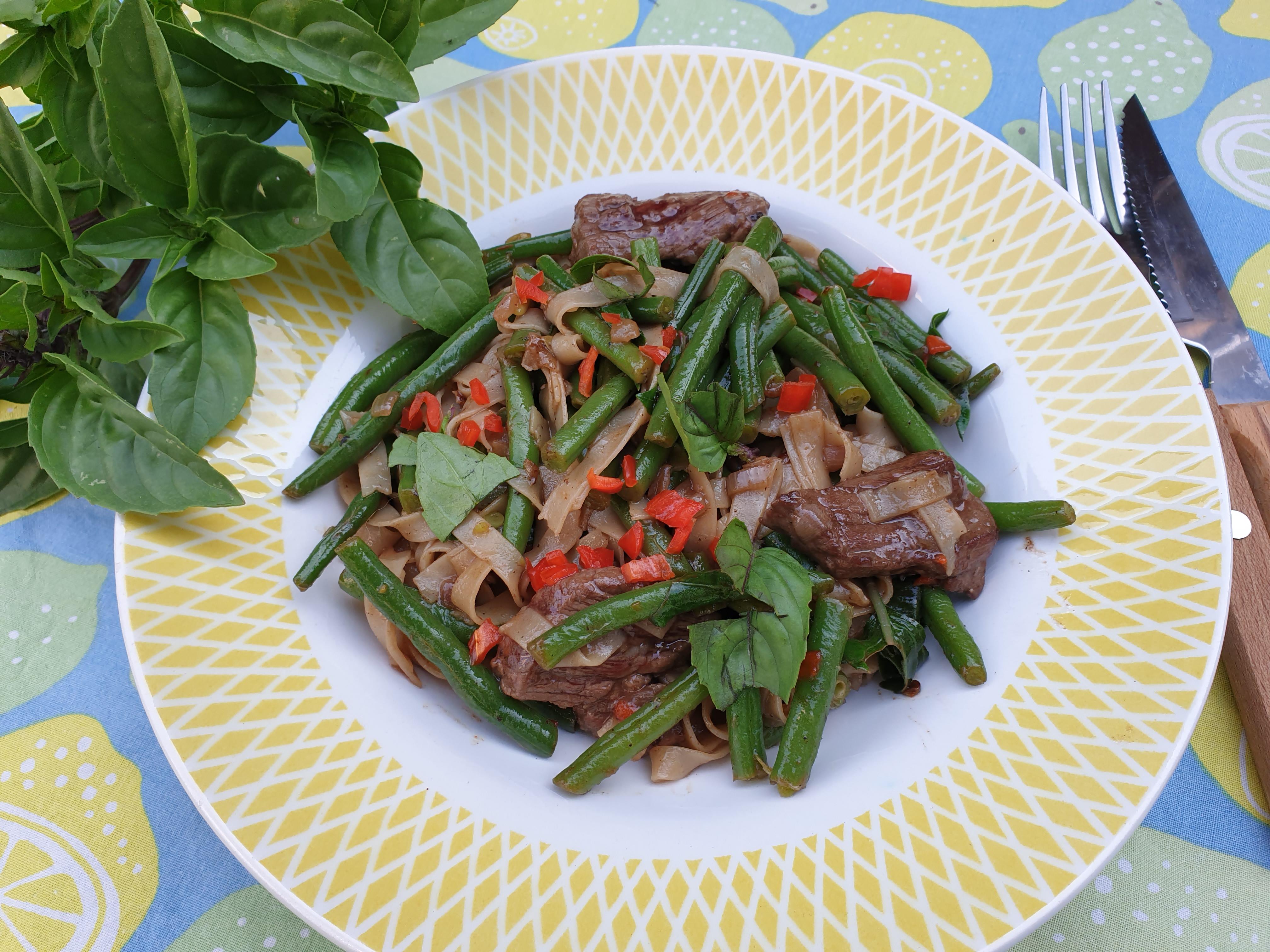 Uitgelichte foto voor het bericht Thaise boontjes met noedels