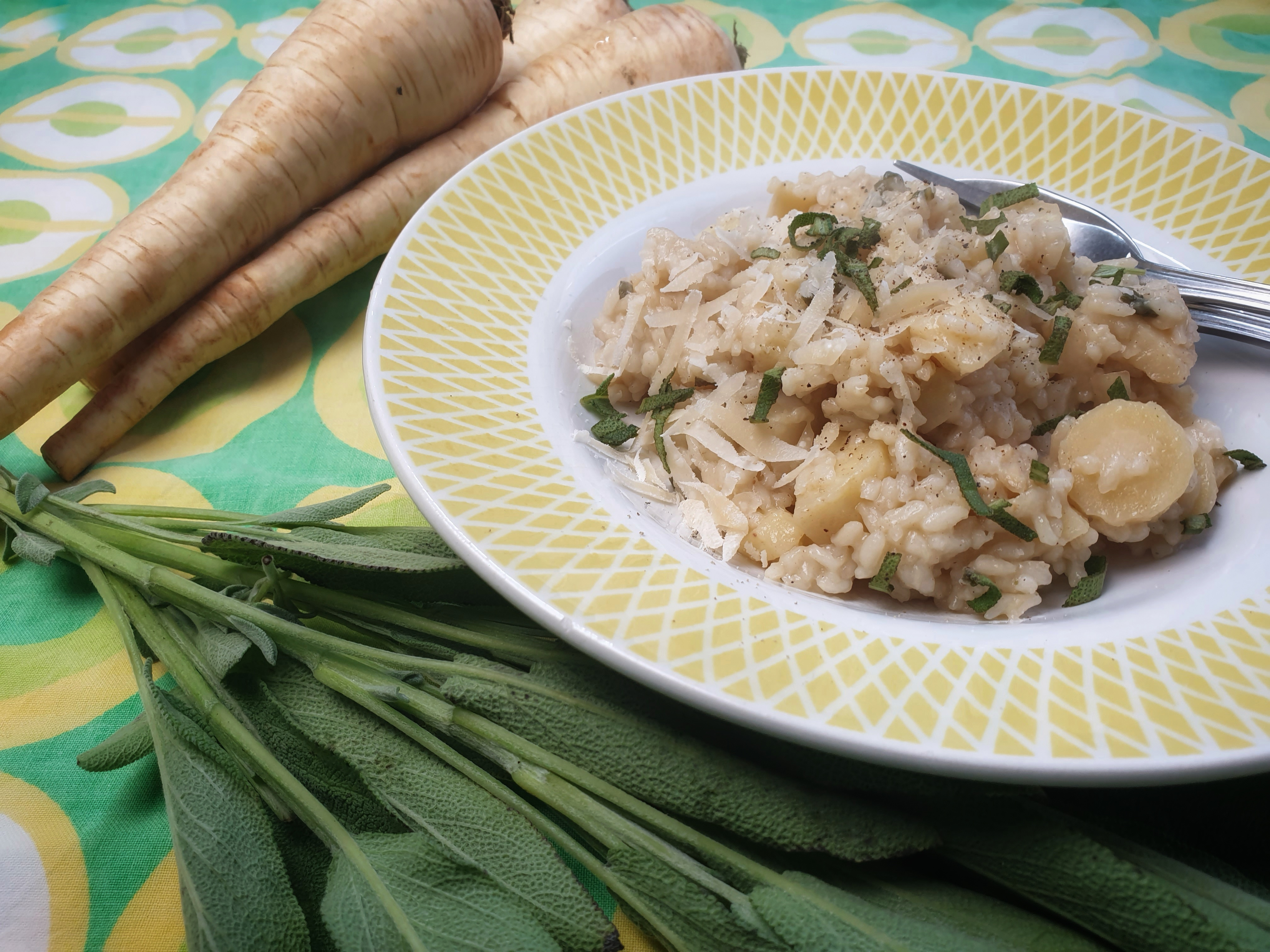 Uitgelichte foto voor het bericht Pastinaak risotto met salie