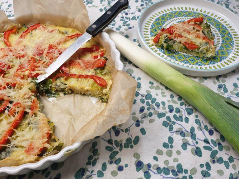 Thumbnail voor het recept: Frittata met prei en paprika