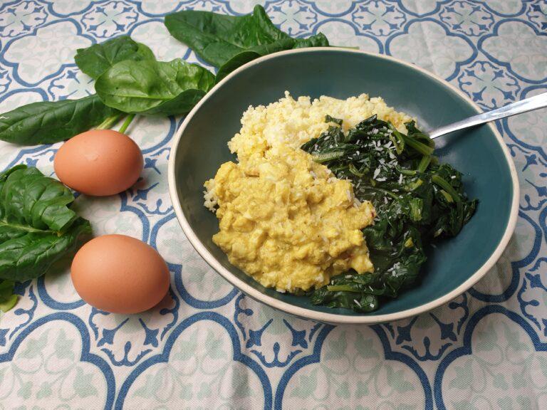 Thumbnail voor het recept: Spinazie met eierkerrie