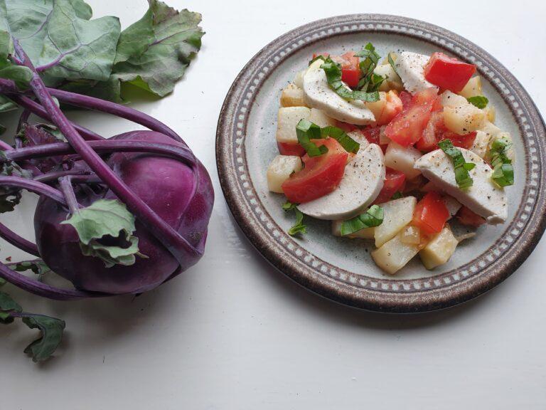 Thumbnail voor het recept: Koolrabi met tomaat